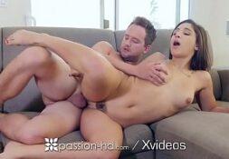 Video de sexo online com jovem na foda