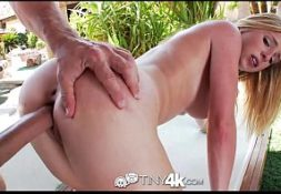 Porn video uma loira bem linda sendo fodida